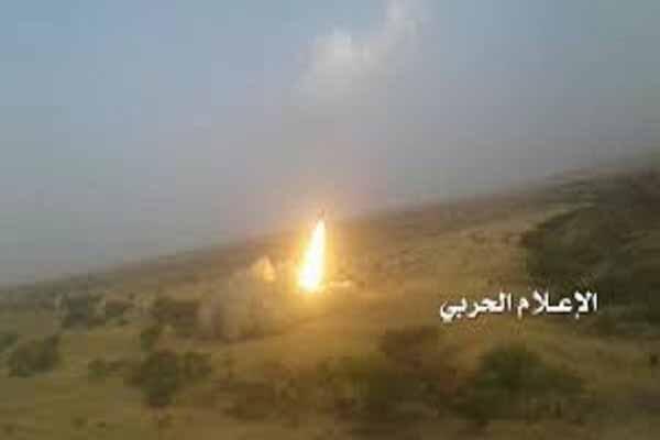 شلیک موشک زلزال1 به مواضع مزدوران وابسته به آل سعود در تعز