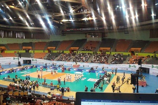 استقبال کم از نخستین بازی تیم ملی والیبال در مسابقات قهرمانی آسیا