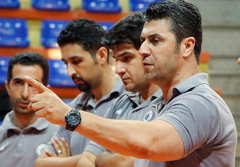 نجاتی: تیم ملی والیبال در مسابقات پیشکسوتان دنیا هم با همین ترکیب بازی می نماید!