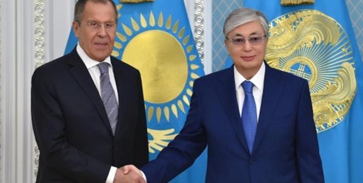 وزیر امور خارجه روسیه با تاکایف دیدار کرد