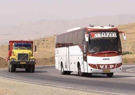 انحراف به چپ کامیون عامل تصادف با اتوبوس زائران پاکستانی در جاده نهبندان
