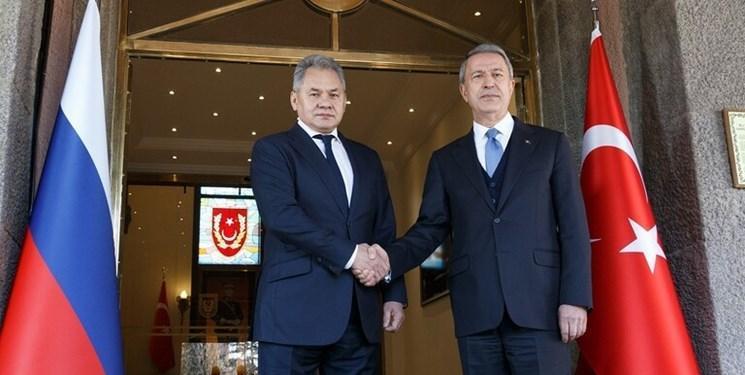 گفت وگوی وزرای دفاع روسیه و ترکیه درباره سوریه