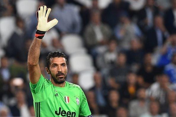 بوفون برنده جایزه پای طلایی فوتبال اروپا شد