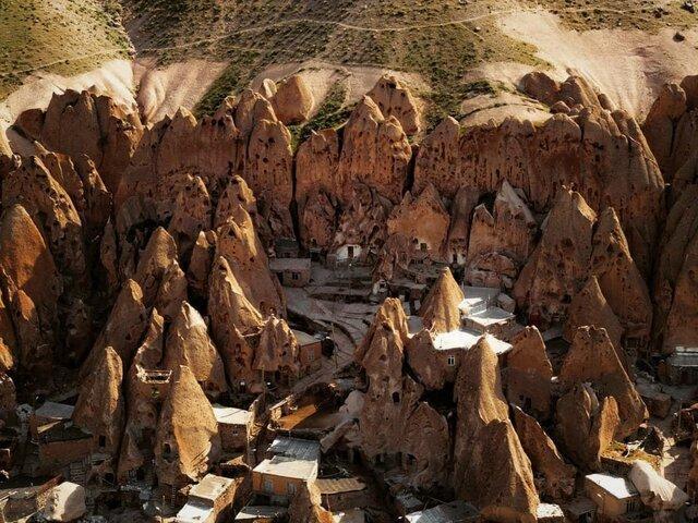 مطالعه 120 مورد از کران های روستای تاریخی کندوان طی سال جاری
