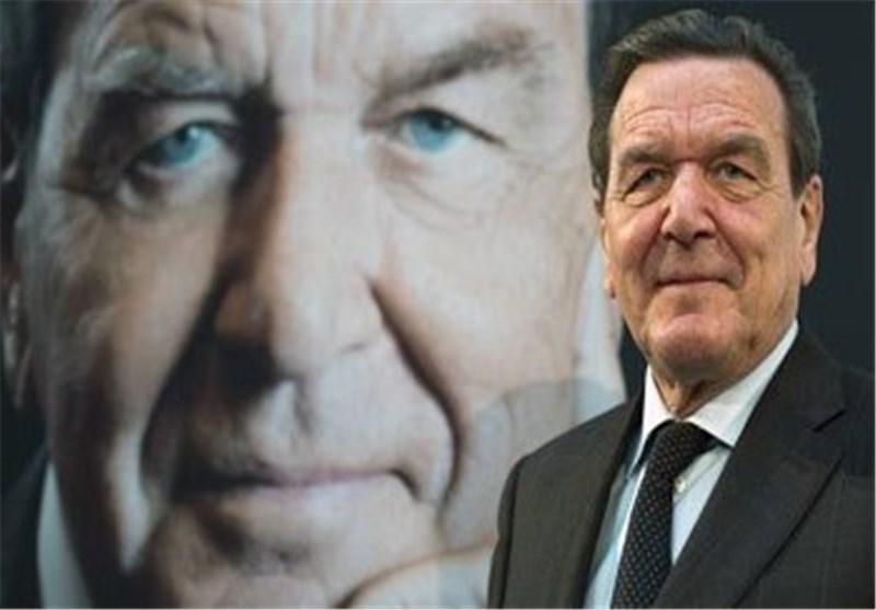 شرودر: تحریم های اروپا علیه روسیه بی فایده است