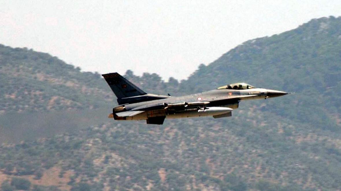 خبرنگاران پنج عضو پ. ک. ک در حمله هوایی ترکیه به شمال عراق کشته شدند