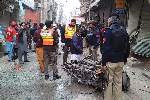 انفجار بمب در پاکستان 10 زخمی بر جا گذاشت