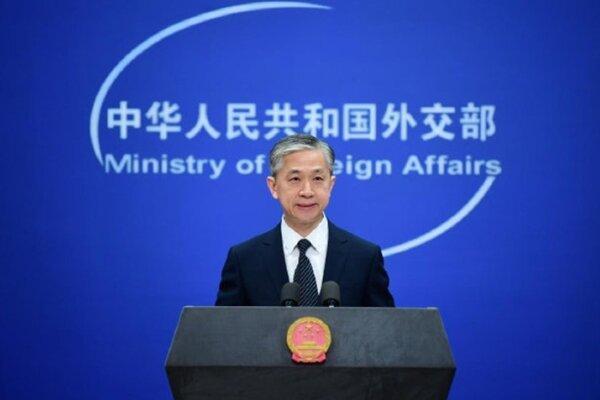 چین: لندن در جهت اشتباه گام برمی دارد