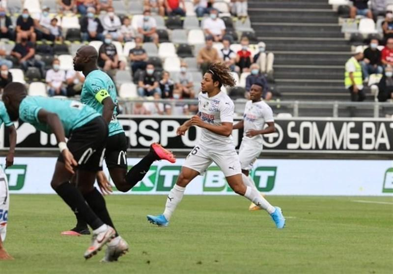 لیگ دسته دوم فرانسه، آمیا با پیروزی آغاز کرد