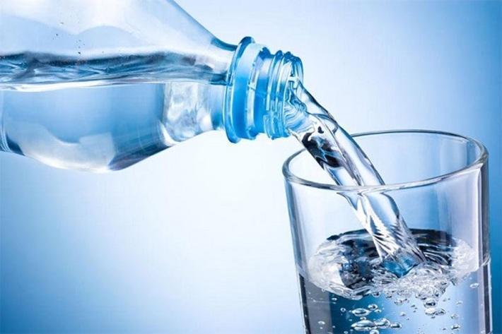 تاثیر باور نکردنی نوشیدن آب در کاهش وزن