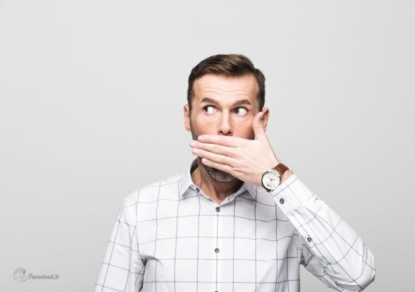 برطرف بوی بد دهان؛ برای بوی بد دهان چی خوبه؟