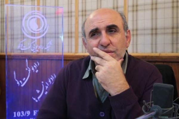 خط فراق داستان نویسان مدرن و مذهبیون در قبل از انقلاب