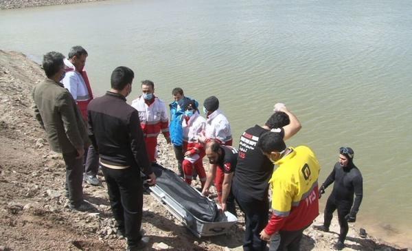 کشف جسد یک مرد در رودخانه کارون